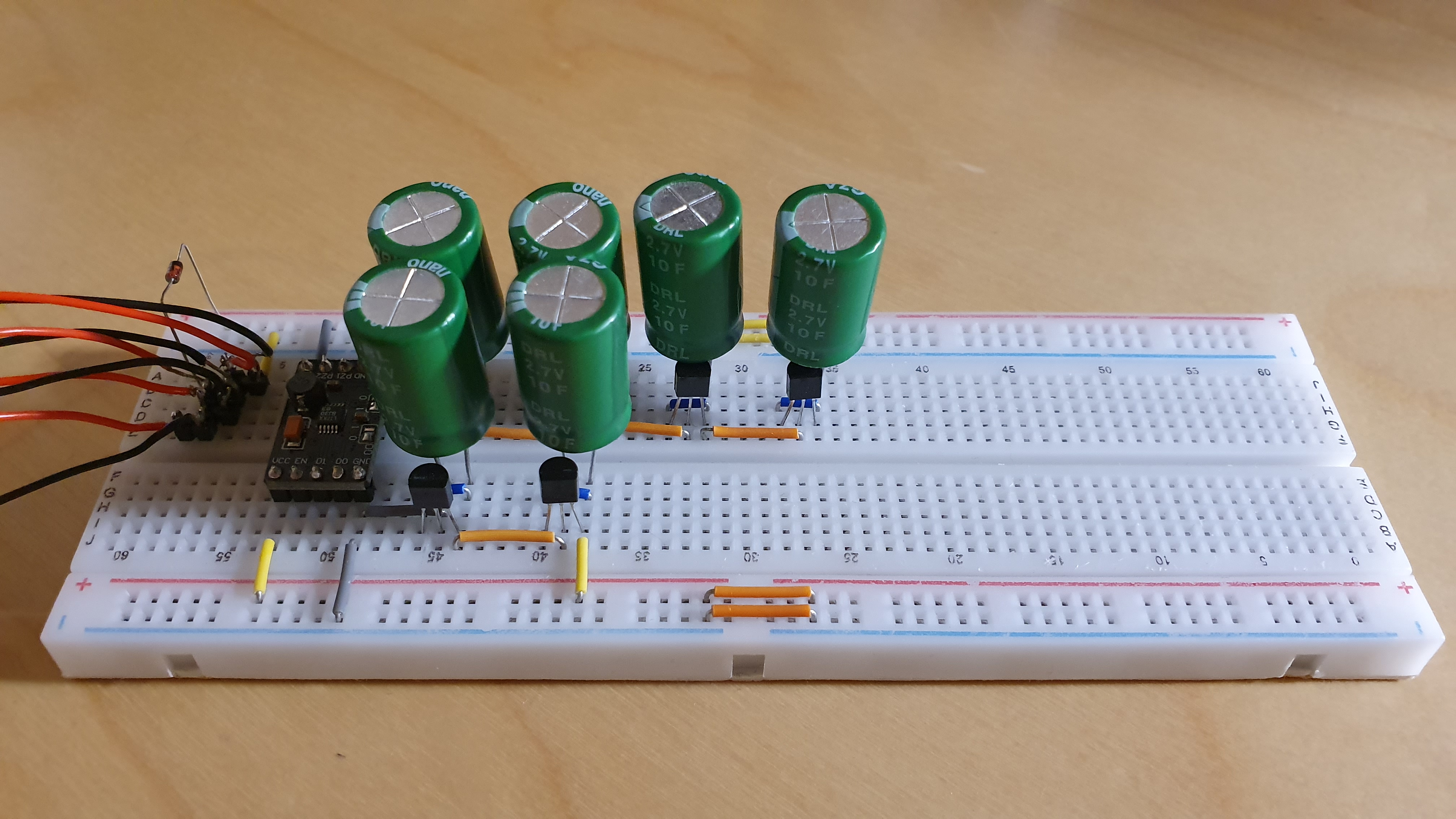 Energy harvester with 3.3 V output and supercapacitors